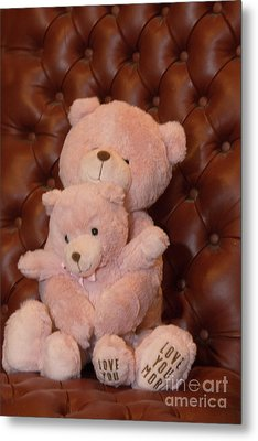 Pink Hugging Bears 2 Metal Print by Linda Phelps