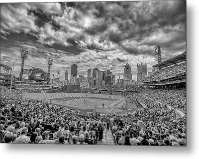 Pittsburgh Pirates Pnc Park Black And White 2 Metal Print by David Haskett