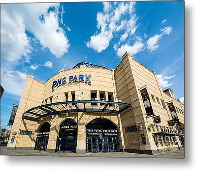 Pnc Park Pittsburgh Pennsylvania Metal Print by Amy Cicconi