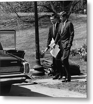 President Kennedy With Theodore Metal Print by Everett