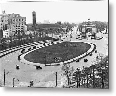 Prospect Park Plaza Metal Print by Underwood Archives