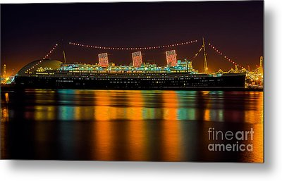 Queen Mary - Nightside Metal Print by Jim Carrell