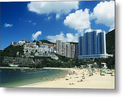 Repulse Bay Metal Print by Gloria and Richard Maschmeyer - Printscapes