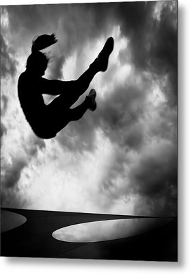 Returning To Earth Metal Print by Bob Orsillo