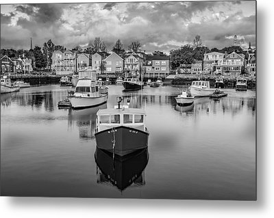 Rockport Harbor Bw Metal Print by Susan Candelario