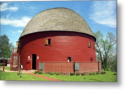 Route 66 - Round Barn Metal Print by Frank Romeo