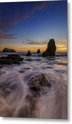 Rushing Tide On Rodeo Beach Metal Print by Rick Berk