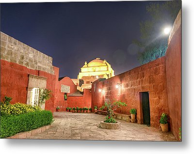 Santa Catalina Monastery Courtyard At Night Metal Print by Jess Kraft