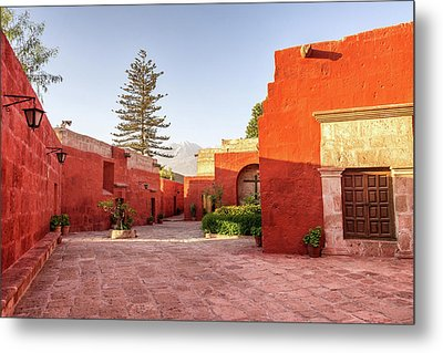 Santa Catalina Monastery Courtyard Metal Print by Jess Kraft