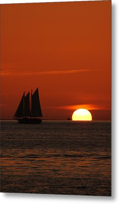 Schooner In Red Sunset Metal Print by Susanne Van Hulst