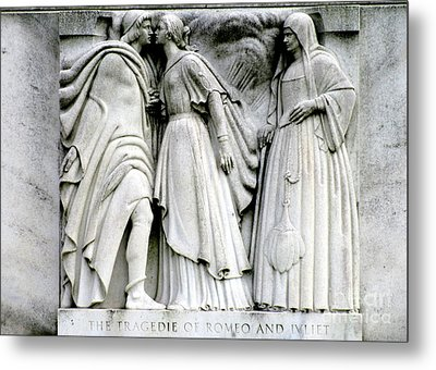 Shakespeares Romeo And Juliet Metal Print by Randall Weidner