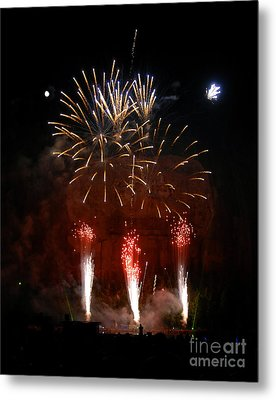 Shooting The Fireworks Metal Print by David Lee Thompson