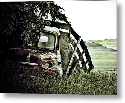 Side Stop Metal Print by Jerry Cordeiro