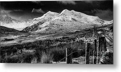Snowdon Winter Metal Print by Adrian Evans