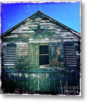 Star Barn I Metal Print by Kevyn Bashore