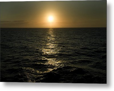 Sun Setting Over Caribbean Sea Metal Print by Todd Gipstein