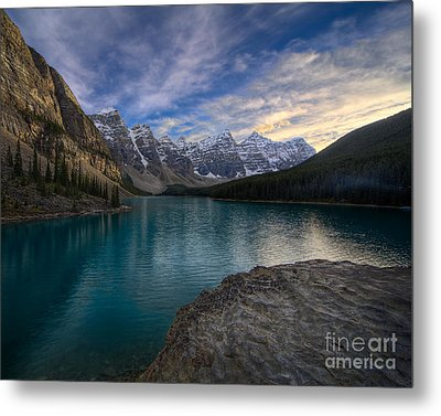 Sundown On The Rocks Metal Print by Royce Howland