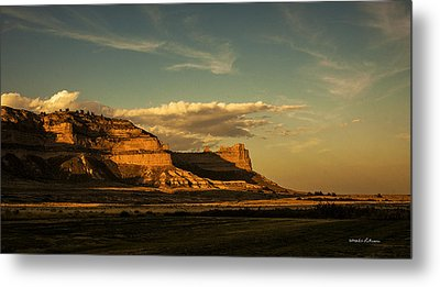 Sunset At Scotts Bluff National Monument Metal Print by Edward Peterson