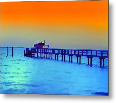 Sunset On The Pier Metal Print by Bill Cannon