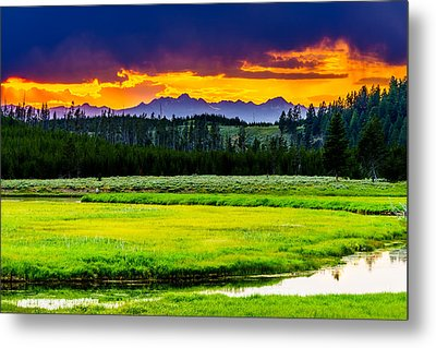 Sunset Over The Bitterroots Metal Print by TL  Mair