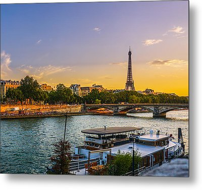 Sunset Over The Seine In Paris Metal Print by James Udall