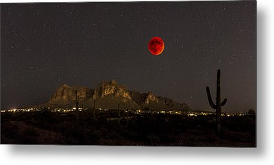 Super Bloodmoon Over The Superstition Mountains Metal Print by Chuck Brown
