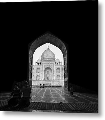 Taj Mahal Metal Print by Basem Al-qasim