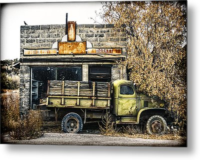 The Green Truck Grocery Market Metal Print by Humboldt Street