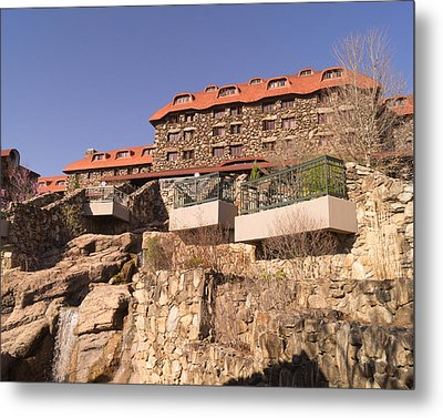 The Grove Park Inn Back Terraces And Waterfall Metal Print by MM Anderson