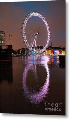 The London Eye Metal Print by Stephen Smith