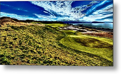 The Majestic Hole #16 At Chambers Bay Metal Print by David Patterson