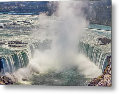 The Mighty Niagara Falls Metal Print by Bill Cannon