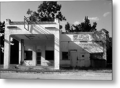 The Old Greyhound Station Metal Print by David Lee Thompson