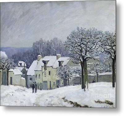The Place Du Chenil At Marly Le Roi Metal Print by Alfred Sisley