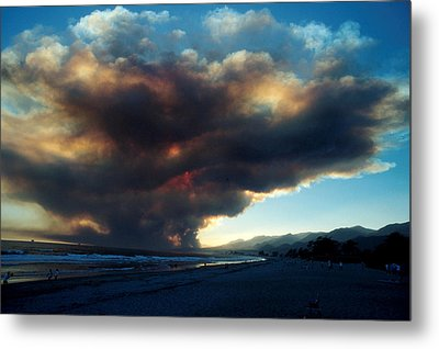 The Santa Barbara Fire Metal Print by Jerry McElroy