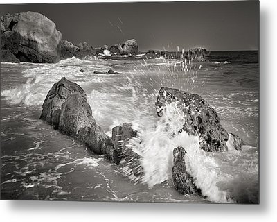 The Wave Metal Print by Guido Montanes Castillo