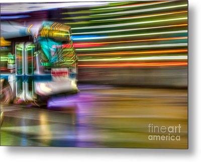 Times Square Bus Metal Print by Clarence Holmes