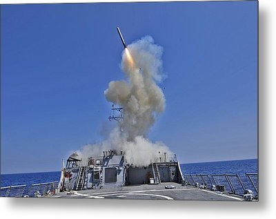 Tomahawk Cruise Missile Launched Metal Print by Everett