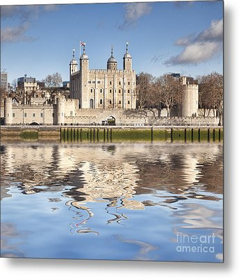 Tower Of London Metal Print by Colin and Linda McKie