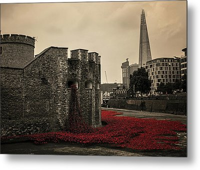Tower Of London Metal Print by Martin Newman
