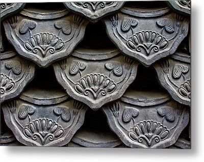 Traditional Korean Roof Tiiles Metal Print by Alex Barlow