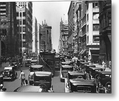 Traffic On Fifth Avenue Metal Print by Underwood Archives