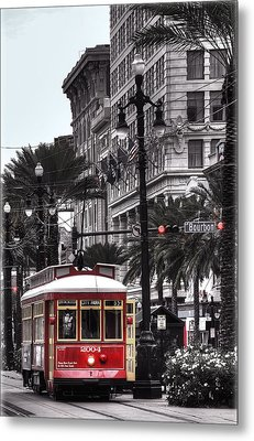 Trolley On Bourbon And Canal  Metal Print by Tammy Wetzel