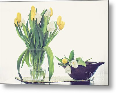 Tulip Art Metal Print by Cheryl Baxter