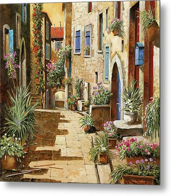 Un Bell'interno Metal Print by Guido Borelli