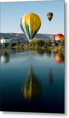 Up Up In The Air Metal Print by David Patterson