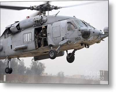 U.s. Special Forces Conduct Assault Metal Print by Stocktrek Images