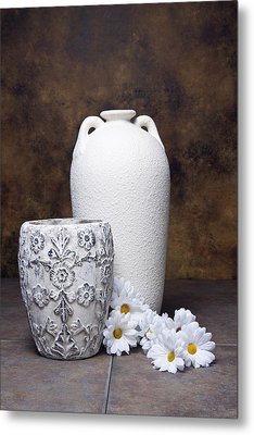 Vases With Daisies I Metal Print by Tom Mc Nemar
