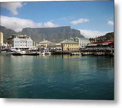 Victoria And Alfred Waterfront Metal Print by Oliver Johnston