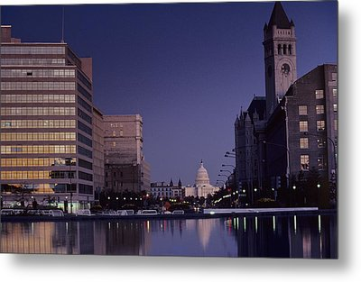 View Of The Capitol Building Metal Print by Kenneth Garrett